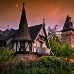 Fridtjof-Nansen-Haus und die Remise